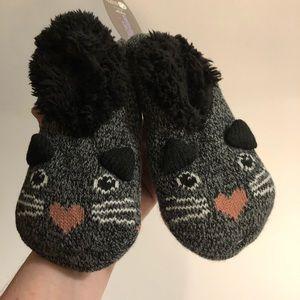 New Slippers  women's Shoe size 4-10